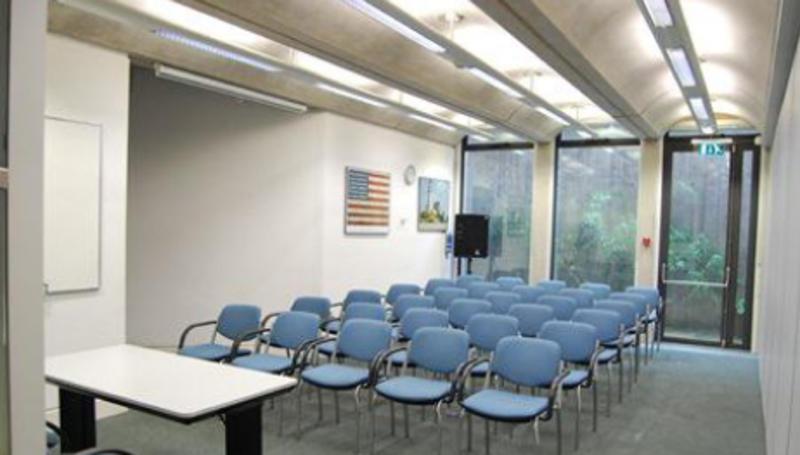 small seminar room portrait  capacity 30 pic